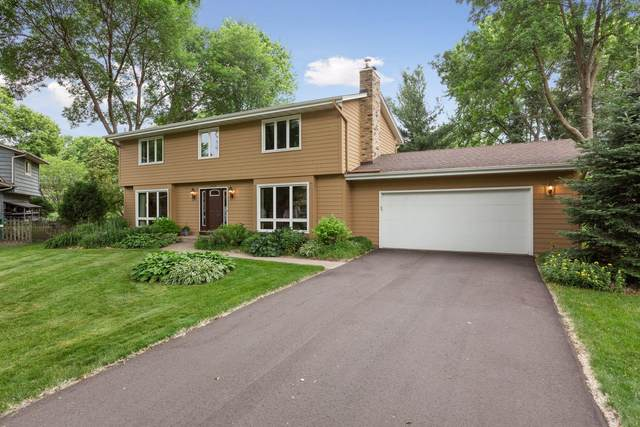 2504 Parkway Place, Burnsville, MN 55337 (#6011316) :: Bos Realty Group