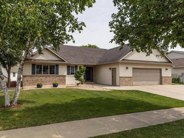 4541 Manor Brook Drive NW, Rochester, MN 55901 (#6011350) :: The Smith Team