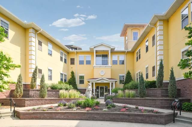 6701 Lake Shore Drive S #203, Richfield, MN 55423 (#6011622) :: Happy Clients Realty Advisors