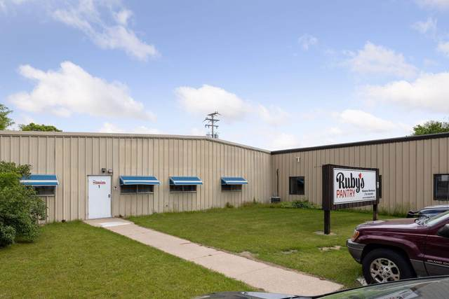 717 10th Street #1, Waupaca, WI 54981 (#6011635) :: Happy Clients Realty Advisors