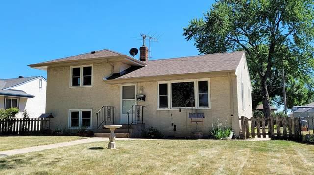 214 Ash Street E, South Saint Paul, MN 55075 (#6011973) :: Lakes Country Realty LLC