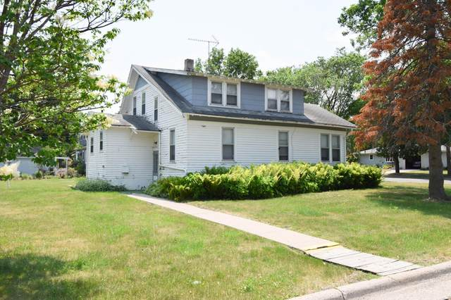 611 S 9th Street, Bird Island, MN 55310 (#6012055) :: Tony Farah   Coldwell Banker Realty
