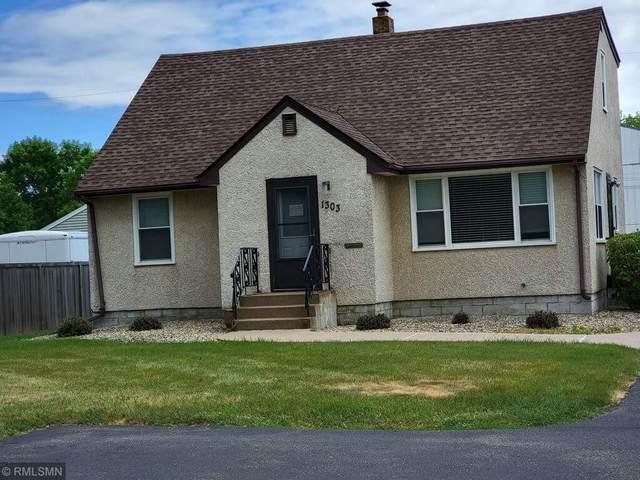 1303 Geneva Avenue N, Oakdale, MN 55128 (#6012073) :: Happy Clients Realty Advisors