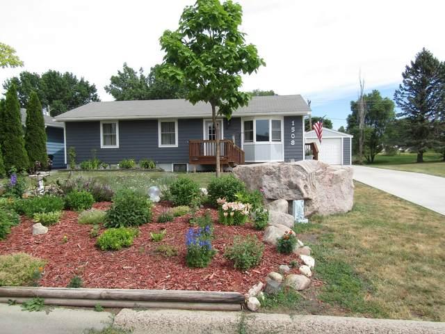 1508 9th Avenue, Granite Falls, MN 56241 (#6013501) :: Straka Real Estate