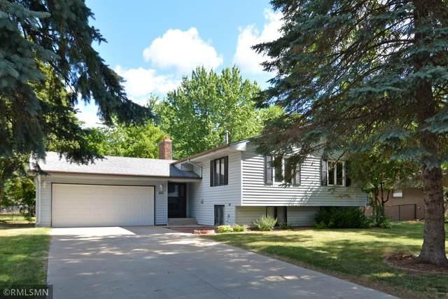 305 Transit Avenue, Roseville, MN 55113 (#6013770) :: Straka Real Estate