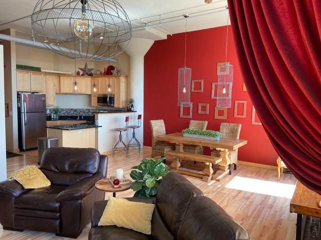 1901 E Hennepin Avenue #305, Minneapolis, MN 55413 (#6014076) :: Straka Real Estate