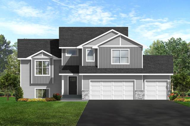 825 Hills Lane, Ellsworth, WI 54011 (#6027334) :: Holz Group