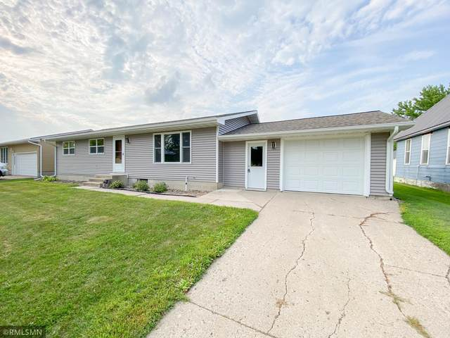 414 W 2nd Street, Winthrop, MN 55396 (#6030382) :: Lakes Country Realty LLC