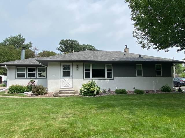 2852 Chippewa Avenue, North Saint Paul, MN 55109 (#6068239) :: Lakes Country Realty LLC