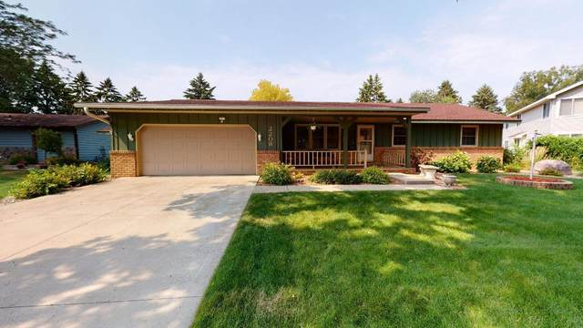 2208 5th Avenue SE, Willmar, MN 56201 (#6068911) :: Bos Realty Group