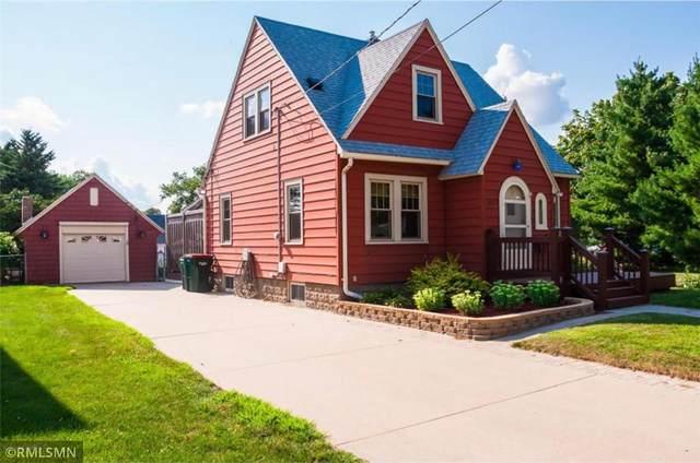 827 11th Avenue NE, Rochester, MN 55906 (#6070414) :: The Pietig Properties Group