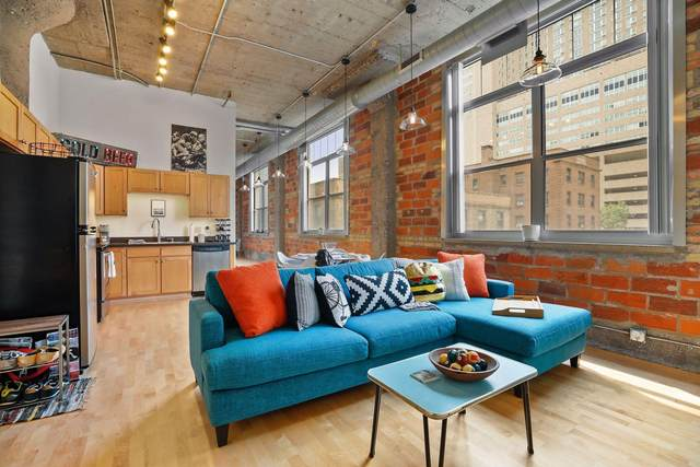 521 S 7th Street #302, Minneapolis, MN 55415 (#6070829) :: Bos Realty Group