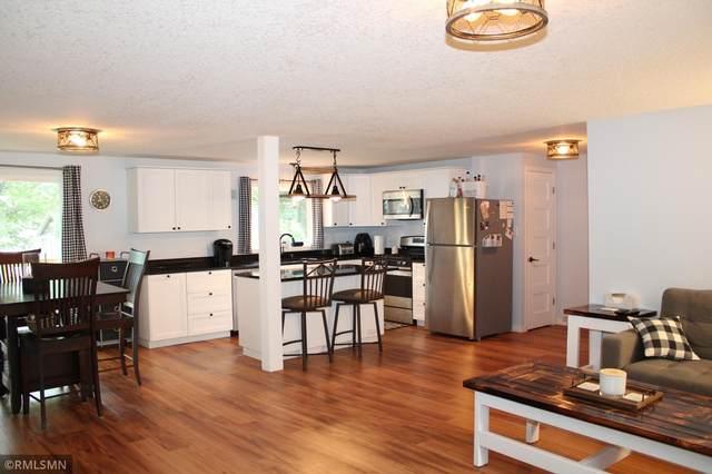 11825 Oak Street, Chisago City, MN 55013 (#6071710) :: Happy Clients Realty Advisors