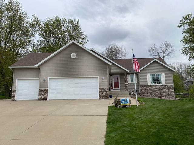 331 Perry Court, Zumbrota, MN 55992 (#6072659) :: Bos Realty Group