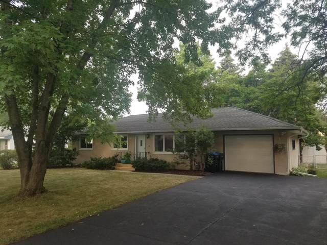 2313 Hand Avenue, Roseville, MN 55113 (#6073355) :: Bos Realty Group