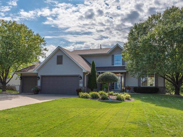 9054 Sunnyvale Drive, Chanhassen, MN 55317 (#6073769) :: The Janetkhan Group