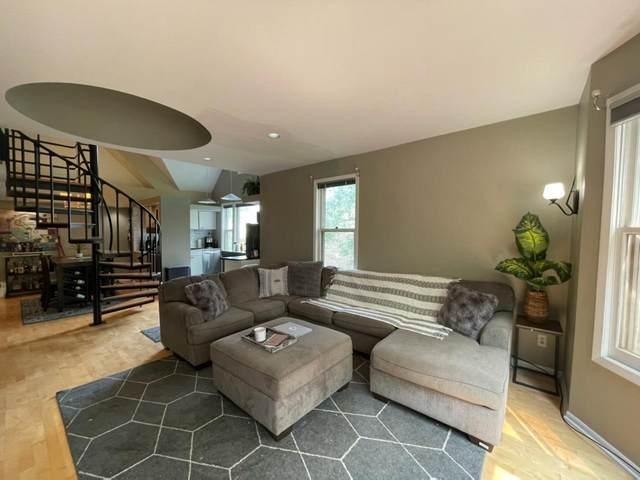 545 Ashland Avenue #3, Saint Paul, MN 55102 (#6074142) :: Bos Realty Group