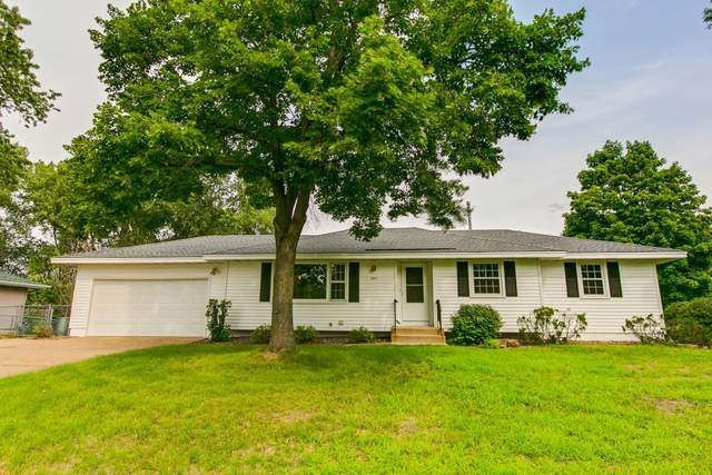10551 Quincy Boulevard NE, Blaine, MN 55434 (MLS #6076139) :: RE/MAX Signature Properties