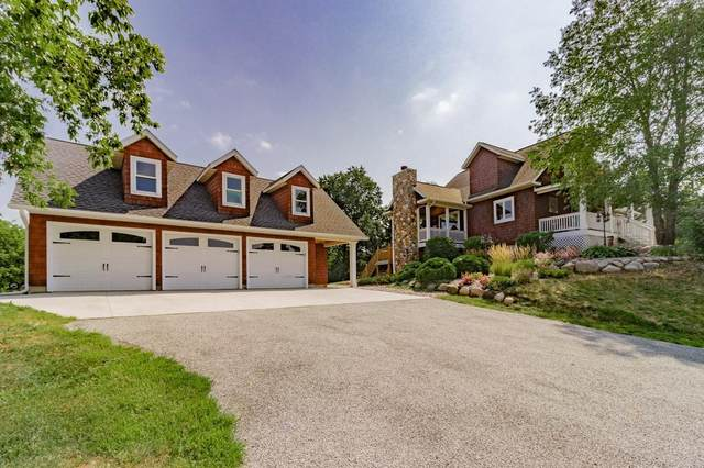 1035 Labarge Road, Hudson, WI 54016 (#6089561) :: The Twin Cities Team