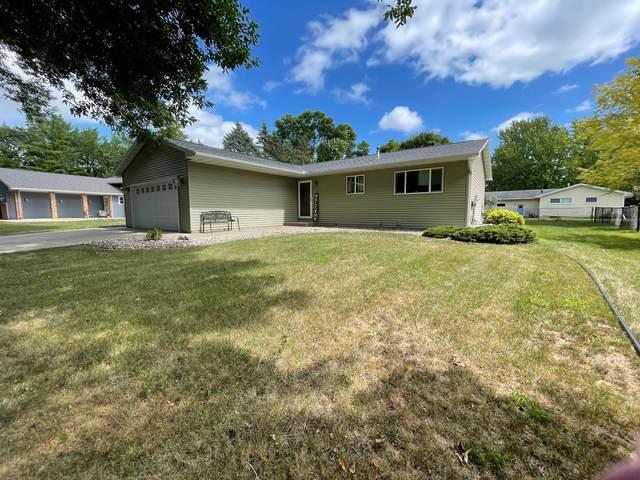 1729 Linda Lane, North Mankato, MN 56003 (#6090338) :: Servion Realty