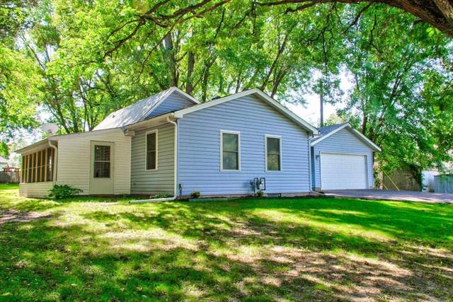 309 4th Street SE, Braham, MN 55006 (#6092315) :: Carol Nelson | Edina Realty