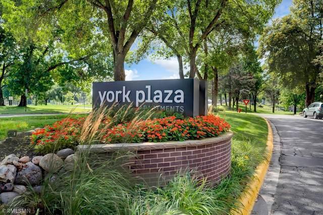 7200 York Avenue S #108, Edina, MN 55435 (#6092493) :: The Pietig Properties Group