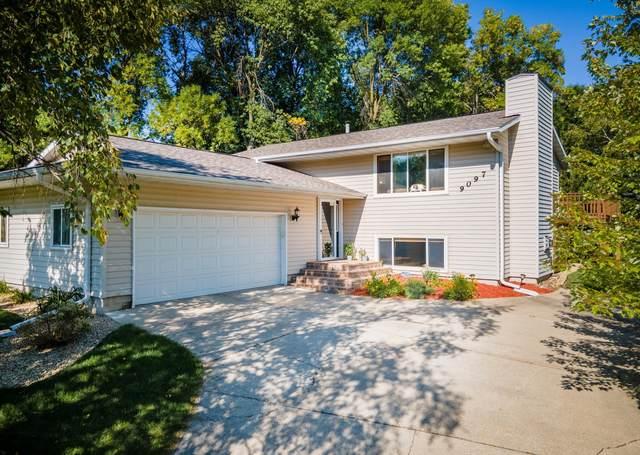 9097 Fox Run Circle, Eden Prairie, MN 55347 (#6094915) :: Helgeson Platzke Real Estate Group