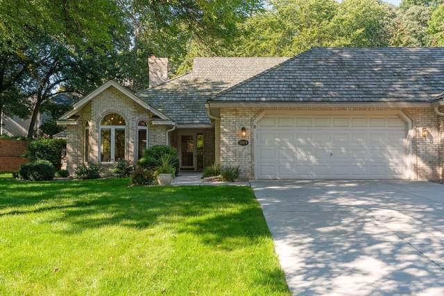 10414 Fawns Way, Eden Prairie, MN 55347 (#6100632) :: Helgeson Platzke Real Estate Group