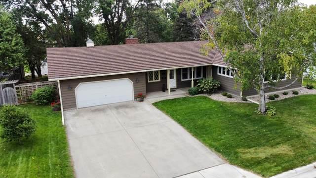 309 E Oak Avenue, Olivia, MN 56277 (#6100976) :: Lakes Country Realty LLC