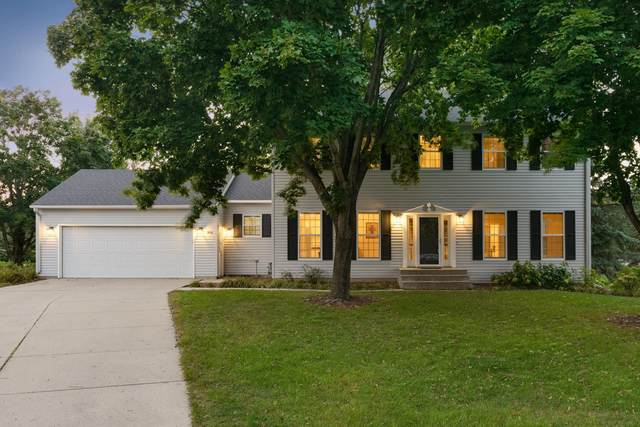 914 Saint Andrews Place, Owatonna, MN 55060 (#6101340) :: The Janetkhan Group