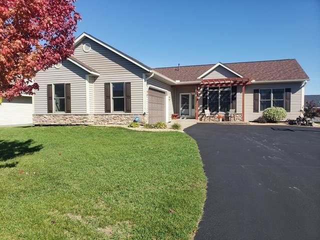 1262 Quail Run, New Richmond, WI 54017 (#6102160) :: Lakes Country Realty LLC