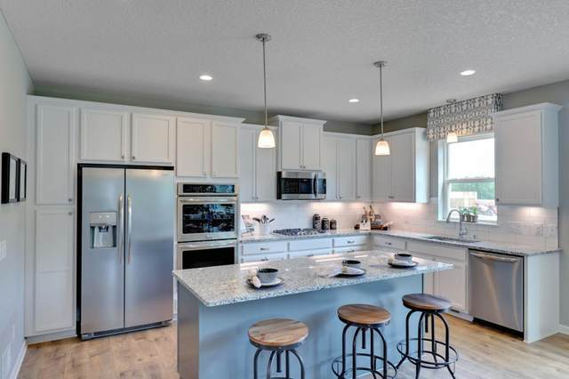 1560 Ironwood Drive, Carver, MN 55315 (#6102173) :: Happy Clients Realty Advisors