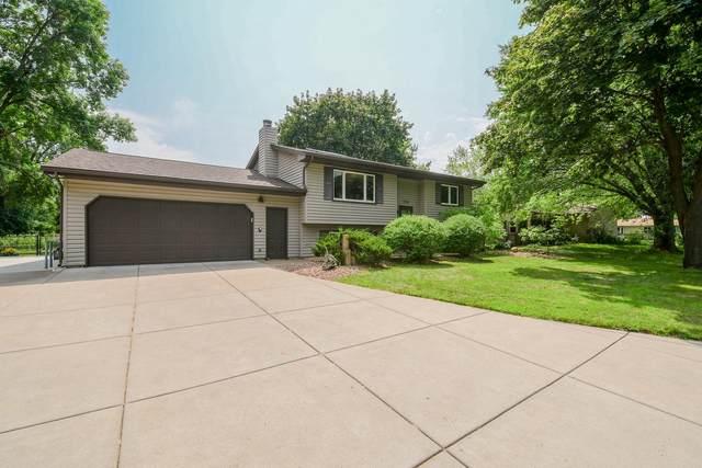3798 Oak Terrace, White Bear Lake, MN 55110 (#6102319) :: Servion Realty