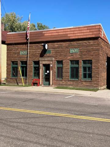 401 Main Street, Plum City, WI 54761 (#6102369) :: The Janetkhan Group
