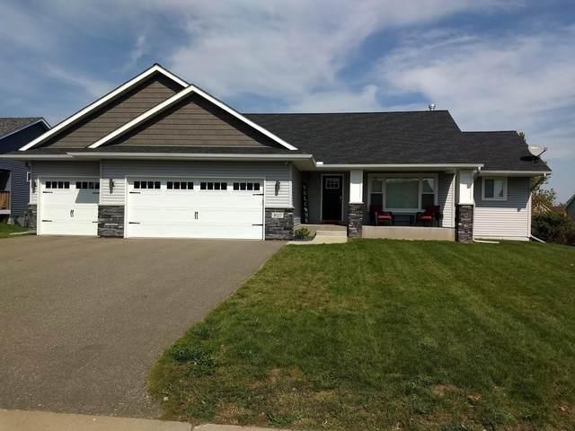 1627 Possum Way, New Richmond, WI 54017 (#6102400) :: Lakes Country Realty LLC