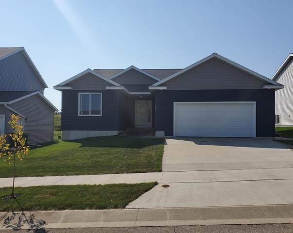 6066 51st Street NW, Rochester, MN 55901 (#6103257) :: The Janetkhan Group