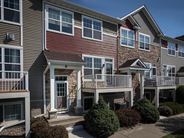 1862 Colonial Lane #5, Chanhassen, MN 55317 (#6103440) :: The Janetkhan Group