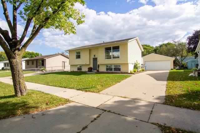 958 17 1/2 Street SE, Rochester, MN 55904 (#6104316) :: The Janetkhan Group