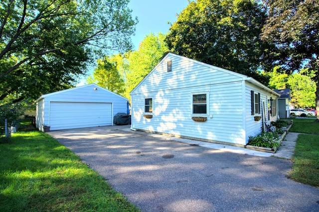 5301 34th Place N, Crystal, MN 55422 (#6106360) :: The Smith Team
