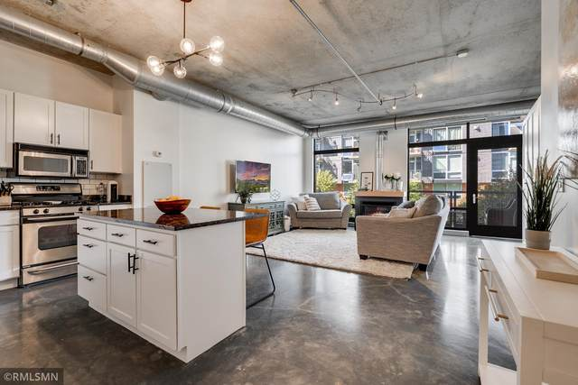 720 N 4th Street #213, Minneapolis, MN 55401 (#6108605) :: Straka Real Estate