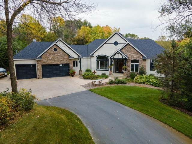 23355 Woodland Ridge Drive, Lakeville, MN 55044 (#6109567) :: Twin Cities Elite Real Estate Group | TheMLSonline
