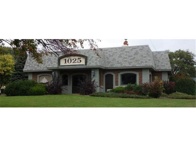 1025 Dodd Road, West Saint Paul, MN 55118 (#6110300) :: Twin Cities Elite Real Estate Group | TheMLSonline