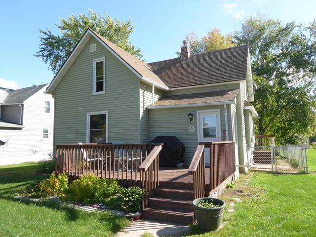 310 Bush Street, Lakefield, MN 56150 (#6111272) :: Servion Realty