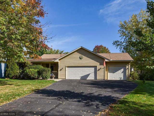 11934 Wedgewood Drive NW, Coon Rapids, MN 55433 (#6112020) :: Holz Group