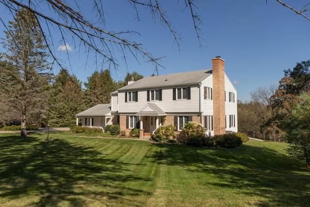 3805 Meadow Ridge Drive SW, Rochester, MN 55902 (#6113428) :: The Michael Kaslow Team