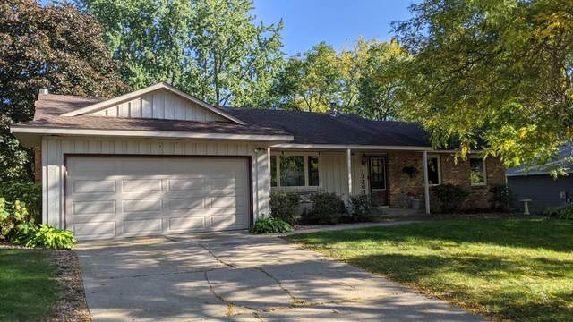 13266 Findlay Way, Apple Valley, MN 55124 (#6113657) :: Twin Cities South