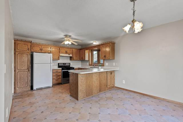 14795 Quentin Circle, Savage, MN 55378 (#6113687) :: Servion Realty