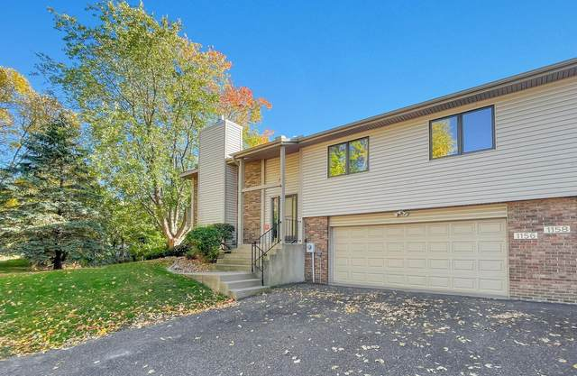 1156 Evar Street N, Maplewood, MN 55119 (#6113748) :: Bre Berry & Company