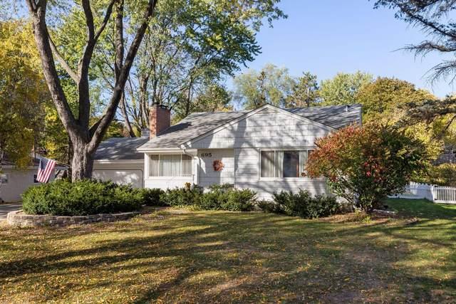 695 Roma Avenue, Roseville, MN 55113 (#6115535) :: Happy Clients Realty Advisors