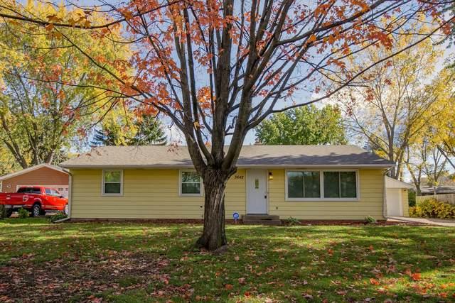 3642 Cranbrook Drive, White Bear Lake, MN 55110 (#6119539) :: Helgeson Platzke Real Estate Group